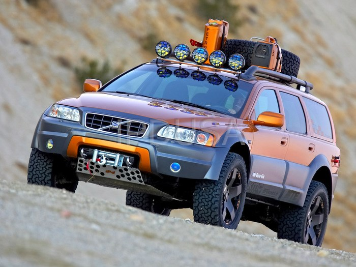 Xc90 Lift Kit >> Volvo retires ipd's XC70R All Terrain to the Volvo Museum in Gothenburg