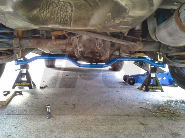 Volvo Anti Sway Bar Kit 700 900 Wagon Models 100994