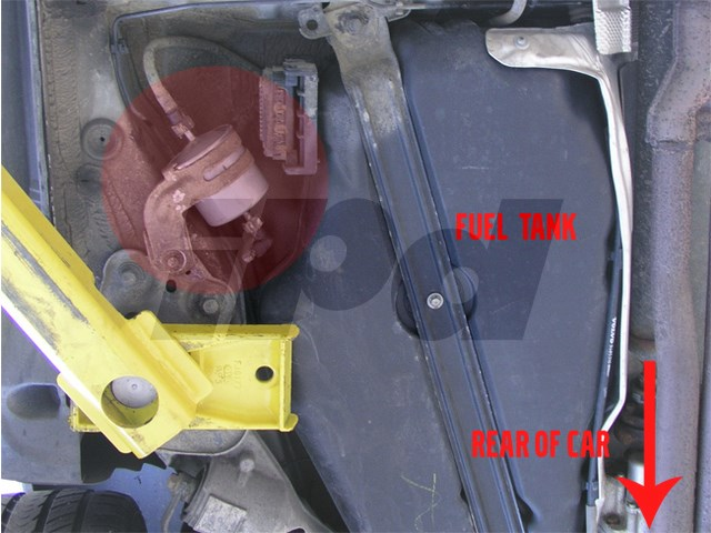 Volvo Fuel Filter 109140 71068 0450905921 30620512rhipdusa: 2007 Volvo C70 Fuel Filter Location At Elf-jo.com