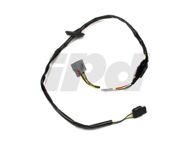 fullsize_31617 volvo towing hitch taillight wiring converter 114827 8698079 Volvo Wiring Harness Problems at creativeand.co