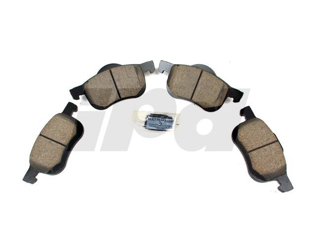 114431 - Front Brake Pad Set Ceramic - P2 S60 V70 XC70 S80 8634921