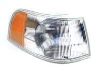112506 Front Right Turn Signal Assembly 960 S90 V90 (SALE PRICED)